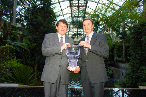 John Briscoe, Ph.D., and Bernard Sweeney, Ph.D., President and Director of Stroud Water Research Center, at Longwood Gardens.  (PRNewsFoto/Stroud Water Research Center, Yeda Arscott)