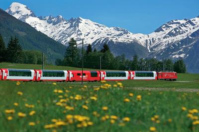 Glacier Express train in Switzerland.  (PRNewsFoto/Rail Europe Inc.)