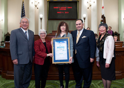 """California State Assembly Honors Marvell Co-Founder Weili Dai with a """"Breaking the Glass Ceiling"""" Award.  (PRNewsFoto/Marvell)"""
