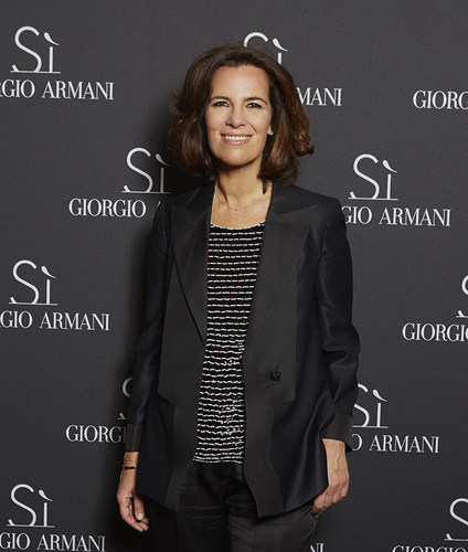 Roberta Armani (C)Antoine Passerat (PRNewsFoto/Giorgio Armani Parfums)