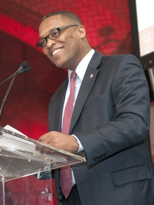 Kenyattah Robinson, President and CEO of the Mount Vernon Triangle Community Improvement District (MVT CID), has been recognized with two prestigious professional awards: the Wilbur Parker Distinguished Alumni Award for 2016 from the Johnson Graduate School of Management at Cornell University, and the President's Award from the African American Real Estate Professionals in Washington, DC (AAREP DC).