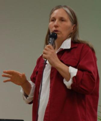 Marjory Wildcraft giving a presentation.  (PRNewsFoto/Marjory Wildcraft)