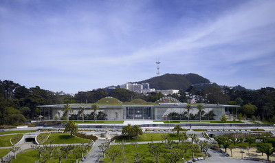 Going green: 720 chain drives of the Ventic Series by D+H provide controlled natural ventilation in the California Academy of Science. Image: © Tim Griffith (PRNewsFoto/D+H Mechatronic AG)