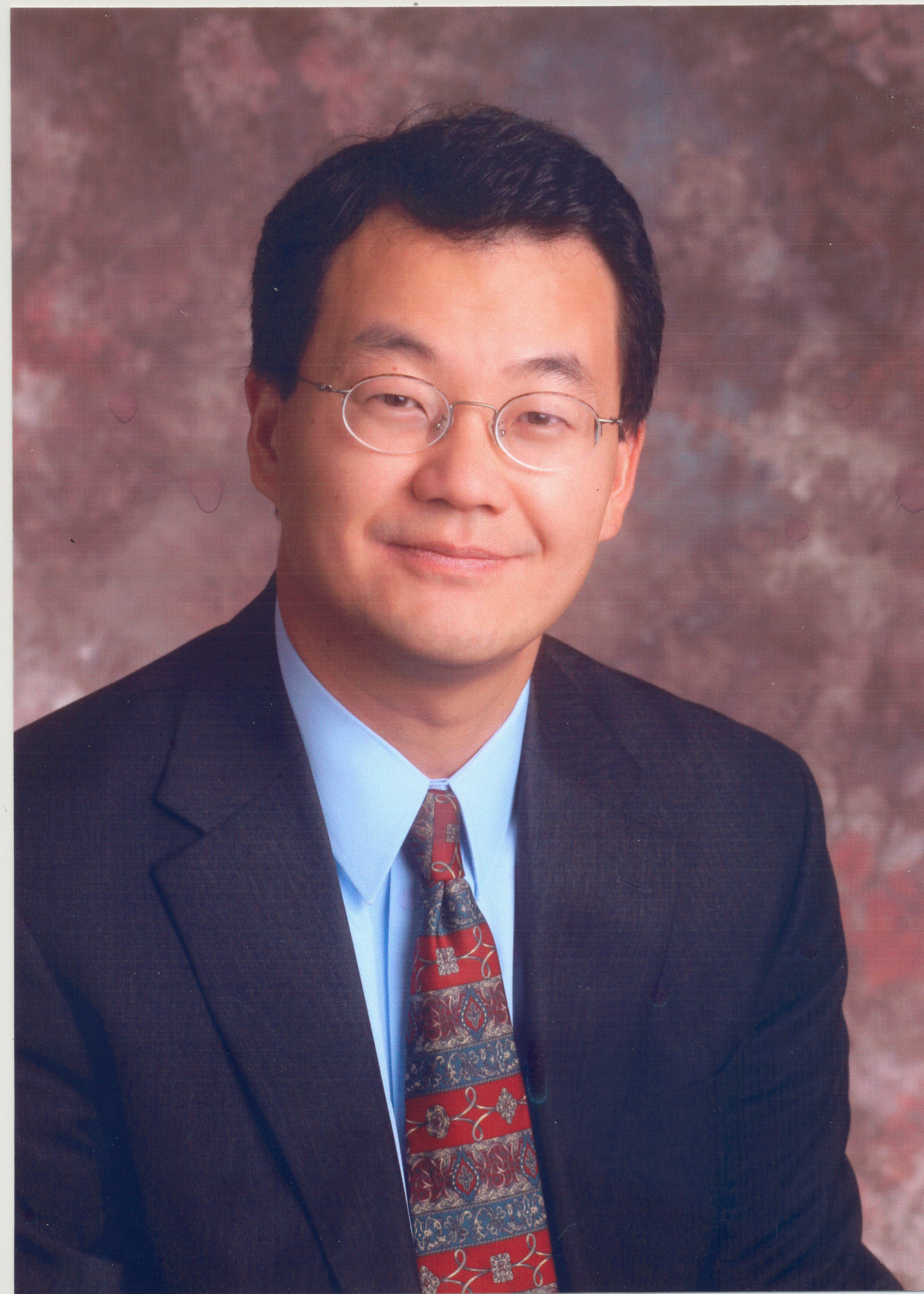 Lawrence Yun is chief economist and senior vice president of research at the National Association of Realtors(r). Yun oversees and is responsible for a wide range of research activity for the association including NAR's Existing Home Sales statistics, Affordability Index, and Home Buyers and Sellers Profile Report. He regularly provides commentary on real estate market trends for its 1 million Realtor(r) members. (PRNewsFoto/National Association of Realtors)