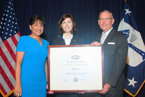 Pictured (left to right): U.S. Secretary of Commerce Penny Pritzker; Kuder Chief Strategy Officer Erin Milroy; and Kuder President and Founder Phil Harrington (PRNewsFoto/Kuder, Inc.)