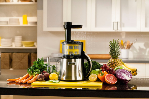 BELLA introduces the NutriPro cold press juicer. BELLA NutriPro's technology provides more juice, more nutrients and great taste. BELLA NutriPro is now available at Macy's and JCP stores nationwide, and will soon also be available through TV for a suggested retail price of $249.99. For more information, please visit www.NutriProJuicer.com. (PRNewsFoto/BELLA NutriPro) (PRNewsFoto/BELLA NUTRIPRO)
