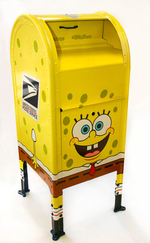 "Thirty SpongeBob SquarePants-themed mailboxes to be featured in 13 cities nationwide in honor of Nickelodeon and U.S. Postal Service ""SpongeBob MailPants"" letter writing program. Photo: Susanna Martin/Nickelodeon. (C)2013 Viacom, International, Inc. All Rights Reserved.  (PRNewsFoto/Nickelodeon)"
