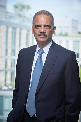 Former U.S. Attorney General Eric Holder Returns to Covington