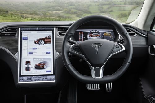 RIGHT HAND DRIVE MODEL S ARRIVES IN THE UK