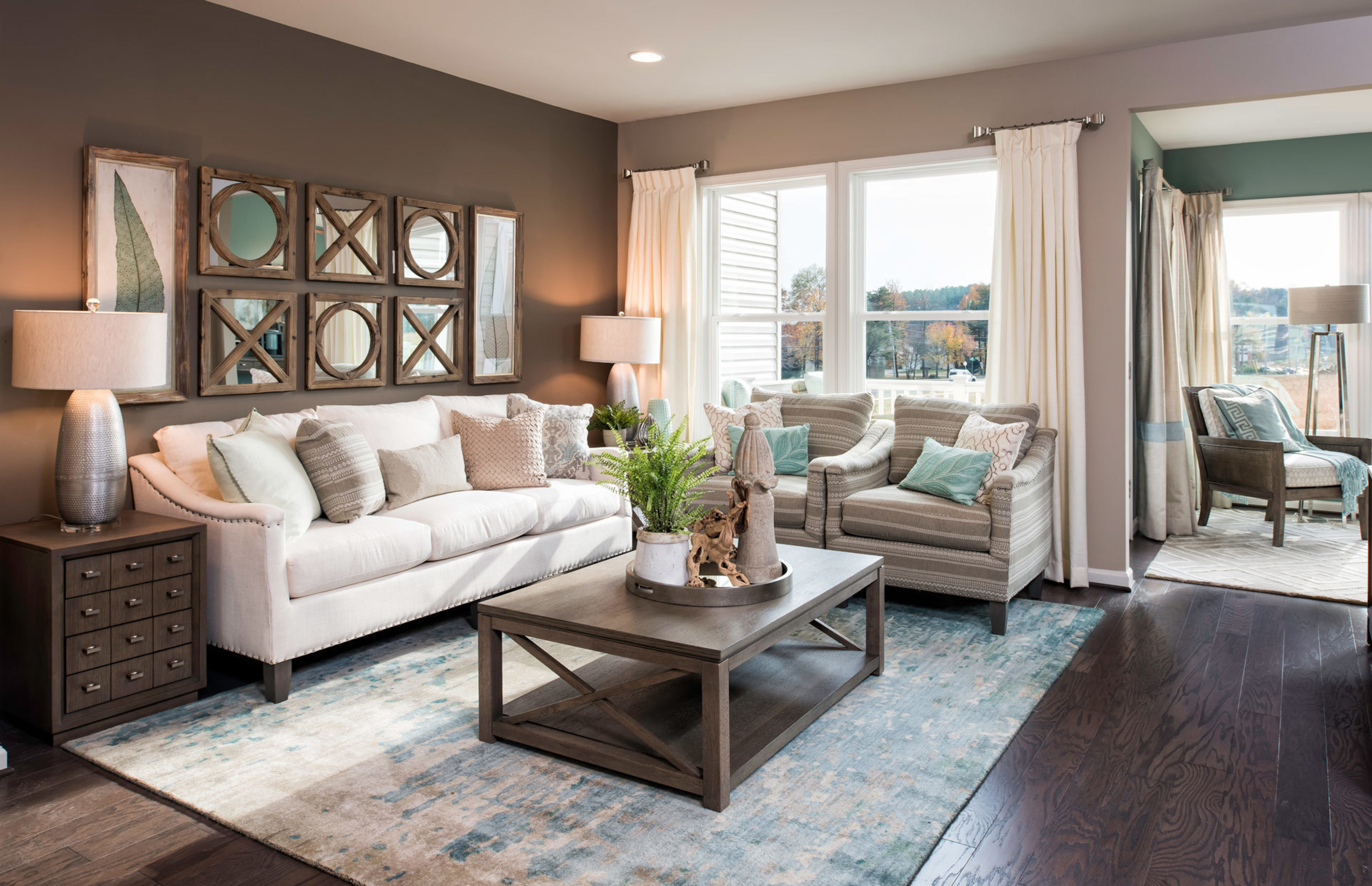 Pultegroup Partners With Lifestyle Personality Rachael Ray To Style New Model Homes