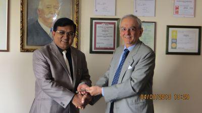 Hitesh Doshi, Chairman WAAREE Group, and Giuseppe Dalmasso, Former Director Cesare Bonetti S.p.A (PRNewsFoto/Waaree Group)