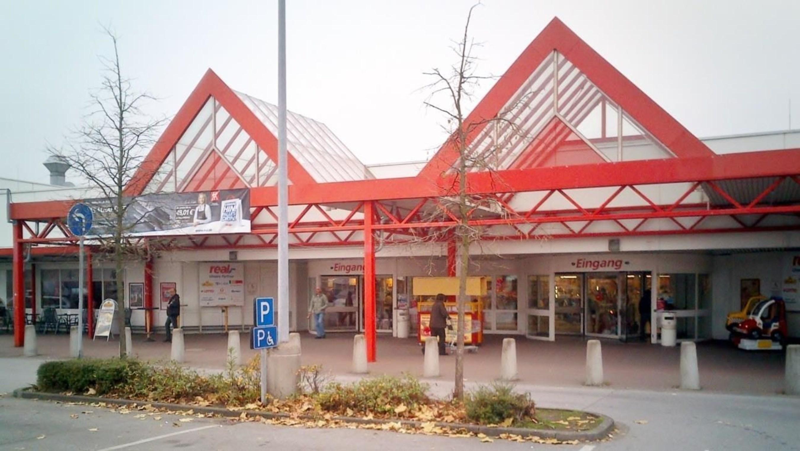 W. P. Carey erwirbt im Namen von CPA:17 - Global einen real,- Markt in  Gelsenkirchen, Deutschland