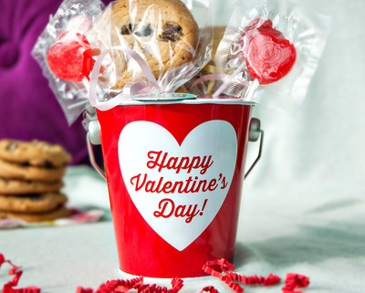 Valentine's Day Gift Ideas, No baking involved @ Pinterest.com/BakeryBecause