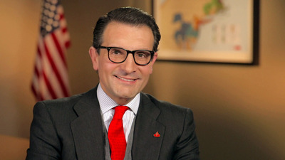 Jorge Moran, Santander US Country Head and President and CEO of Sovereign Bank, to Deliver Commencement Address at 38th Annual Commencement Ceremony for Bentley University Graduate School of Business, May 18, 2013.  (PRNewsFoto/Bentley University)