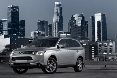 The all-new 2014 Mitsubishi Outlander CUV debuts at the 2012 LA Auto Show.  (PRNewsFoto/Mitsubishi Motors North America, Inc.)