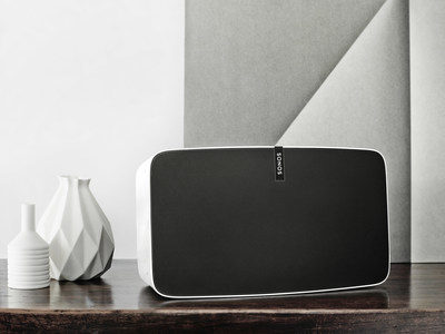 SONOS PLAY:5 incorporates an innovative design that allows for the most effective wireless performance