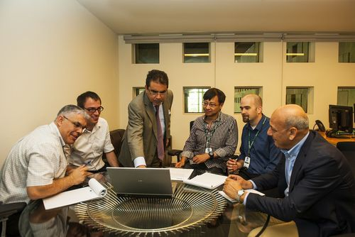 Dr. Mounir Hamdi, Dean, Hamad bin Khalifa Universityâeuro(TM)s College of Science and Engineering (CSE), meets with CSE faculty members ahead of the launch of the collegeâeuro(TM)s new graduate programs. (PRNewsFoto/Hamad bin Khalifa University)