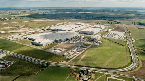Volkswagen Commercial Vehicles opens new plant in Wrzesnia, Poland (PRNewsFoto/Volkswagen Commercial Vehicles)
