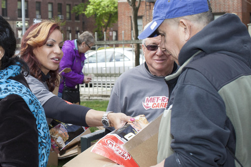 MET-Rx® Launches MET-Rx® Cares U.S. Charitable Giving Program