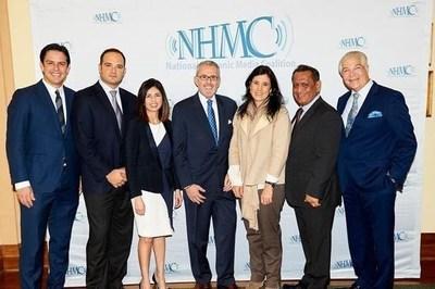 De izquierda a derecha: Axel Caballero, Leon Krauze Dra. Linda Lopez, Roberto Llamas, Alicia Lebrija, Gil Cedillo, y Alex Nogales.