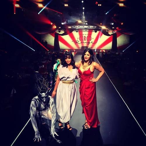 Indiaspopup.com Founders Archana Yenna and Swetha Reddy at DIFFA/Dallas 2016