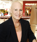 Thea Chassin, founder and president of nonprofit Bald Girls Do Lunch Inc. Scarborough, New York.  (PRNewsFoto/Bald Girls Do Lunch)