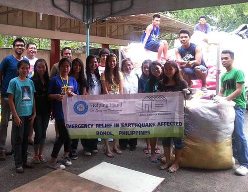 Helping Hand for Relief and Development (HHRD) in Cebu Philippines just 3 weeks ago after 7.2 magnitude ...