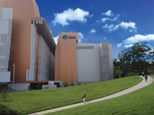 DSM Biologics Brisbane (center) adjacent to the Translational Research Institute of Queensland.  (PRNewsFoto/DSM Pharmaceutical Products)