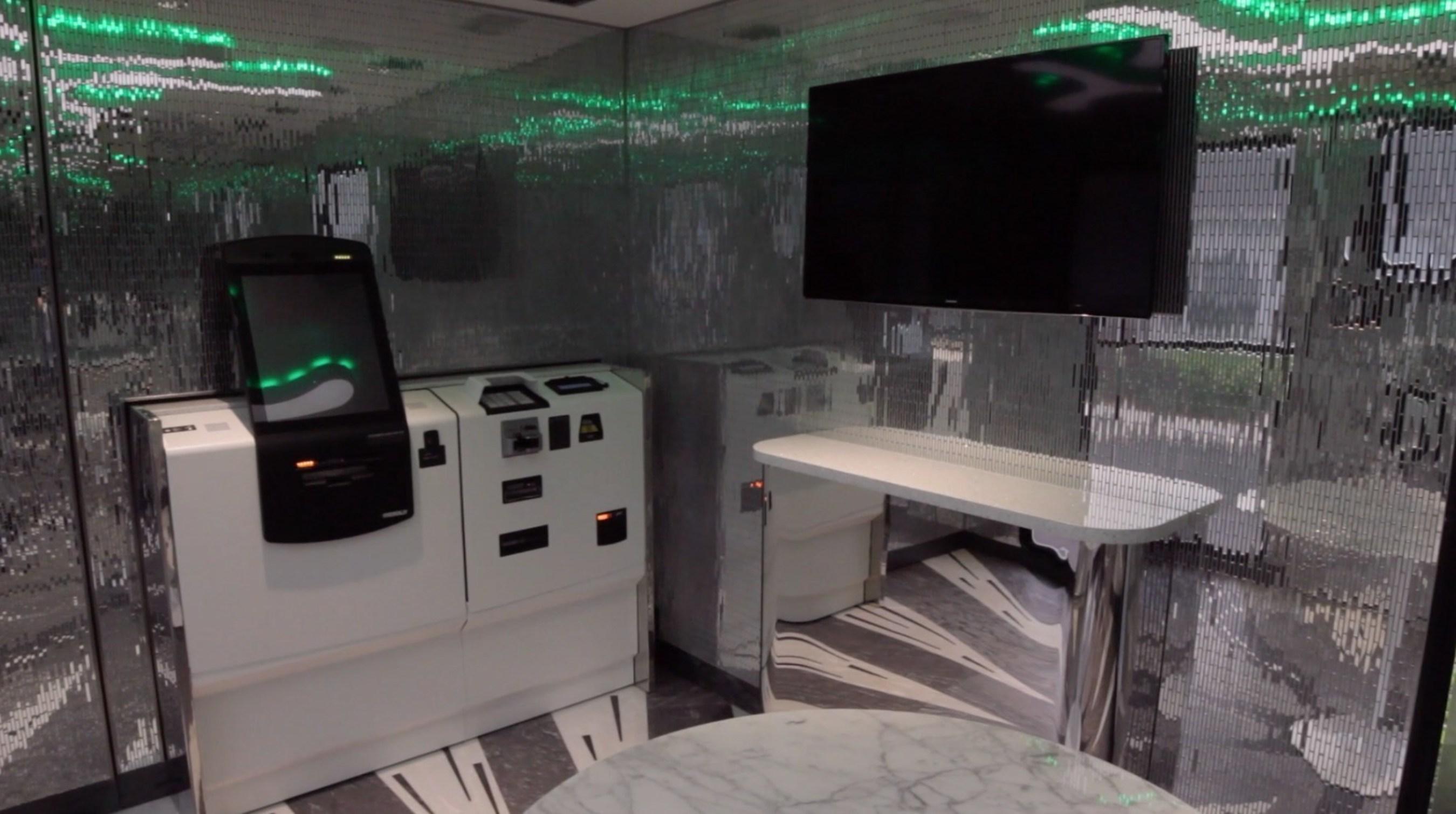 c1 bank unveils c1 bankmobile. Black Bedroom Furniture Sets. Home Design Ideas