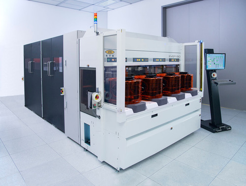 The EVG(R)150XT is the industry's first high-volume-manufacturing resist processing system for 300-mm logic and memory mid-end and back-end interconnect applications.  (PRNewsFoto/EV Group)
