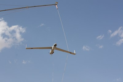 Insitu Pacific ScanEagle on recovery using SkyHook retrieval system
