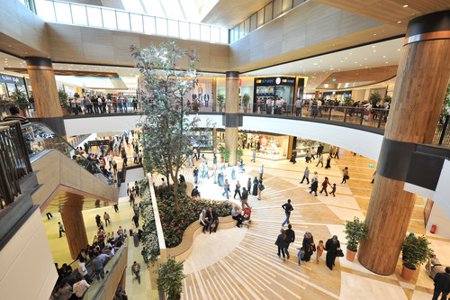 Amstar and Renaissance Development have opened the Piazza Maras Shopping Center, the first institutional-quality shopping center in Maras, Turkey.  (PRNewsFoto/Amstar)