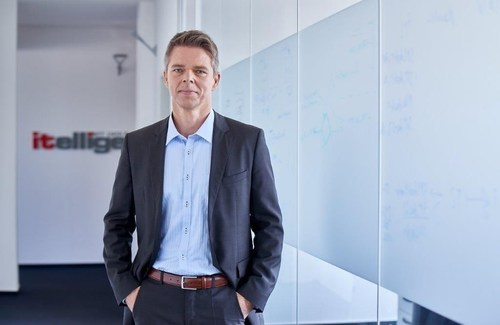 Lars Janitz, Executive Vice President Head of Global Managed Services, itelligence AG / Source: itelligence AG ...