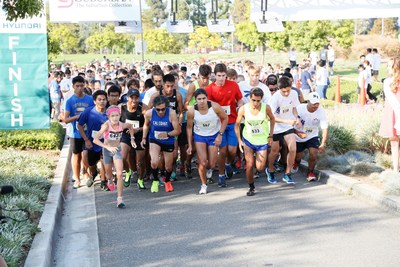 The 5K/10K Run/Walk participants in action.