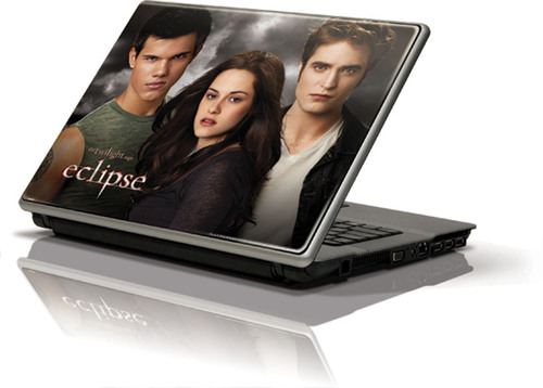 Skinit Launches THE TWILIGHT SAGA: ECLIPSE Skins for Electronic Devices and Walls