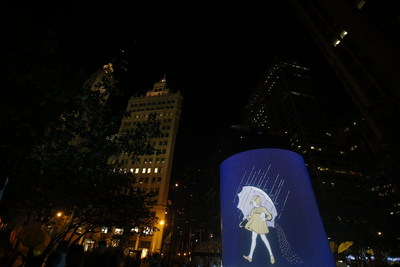 Chicago - Thousands enjoyed food, prizes, photo opportunities, live art and cooking demonstrations as part of the Morton Salt Girl's 100th birthday celebration on Friday, September 26, 2014 along Michigan Avenue in Chicago. (PRNewsFoto/Morton Salt)