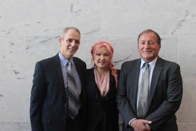 "Dr. Richard Fried, NPF medical board member, Cyndi Lauper, pop icon and ""I'm PsO Ready"" spokeswoman, and Randy Beranek, president of the National Psoriasis Foundation conduct congressional briefing on the emotional and mental impact of psoriatic disease."