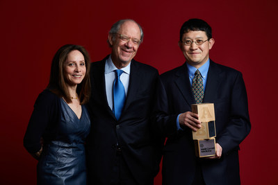 Weill Cornell Medicine awards the inaugural Gale and Ira Drukier Prize in Children's Health Research to Dr. Sing Sing Way of the University of Cincinnati College of Medicine