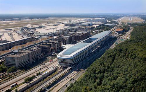 Aerial view of Frankfurt Airport's passenger terminals.