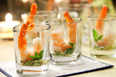 """Ellie Krieger's Shrimp Cocktail with Lemon Mint Pesto is a breeze to make and canola oil makes it low in saturated fat. Check out the whole """"Engaging Appetizers"""" recipe collection at www.canolainfo.org. (PRNewsFoto/CanolaInfo) (PRNewsFoto/CANOLAINFO)"""