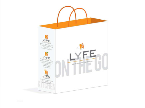 LYFE Kitchen to-go bag.  (PRNewsFoto/LYFE Kitchen, Jessica Crane)