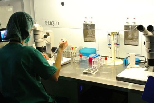 Eugin Clinic laboratory (PRNewsFoto/Clinica Eugin)