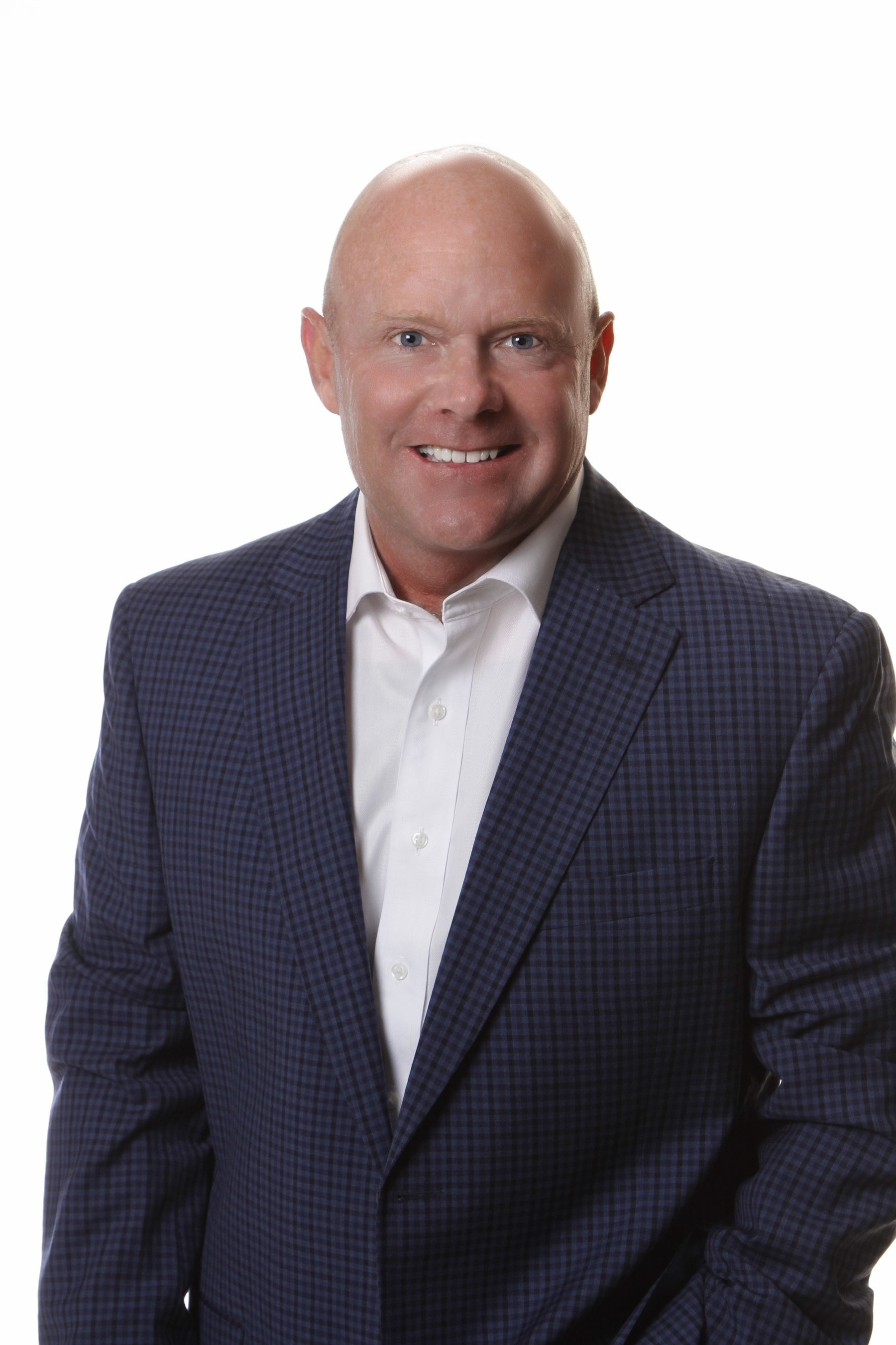 Joel King returns to J. P. King Auction Company as a National Auction Marketing Specialist.