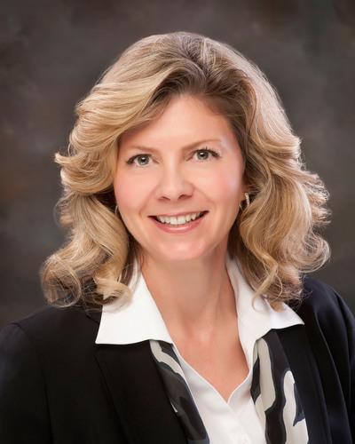 Angela Dowling, market president, Regence BlueCross BlueShield of Oregon. (PRNewsFoto/Regence) (PRNewsFoto/REGENCE)