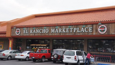 El Rancho Marketplace in San Luis Obispo County, CA will now be able to provide the local community access to fresh produce, nutritious food options, and 140 jobs thanks to the California FreshWorks Fund financing.  (PRNewsFoto/NCB Capital Impact)