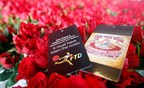 "FTD(R), a leading online retailer of flowers and gifts, partnered with Peter Shapiro and Madison House Presents and gave Grateful Dead fans at the opening night of the Santa Clara ""Fare Thee Well"" concert more than 50,000 beautiful red roses and a special commemorative tag."