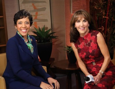 Anna Maria Chavez, CEO of Girl Scouts of the USA (L), and Girl Scouts of the USA celebrity spokesperson, Robin McGraw, make call for Girl Scout volunteers; learn more at www.girlscouts.org (PRNewsFoto/Girl Scouts of the USA)