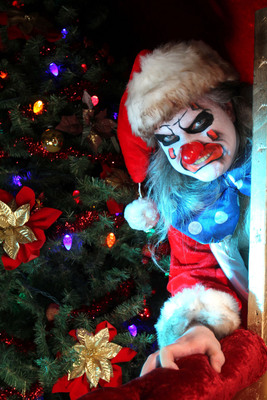 "The ScareHouse in Pittsburgh, one of America's Scariest Haunted Houses, presents a twisted tale of holiday horror in October. Visit http://www.scarehouse.com for more information. New for 2012: ""Creepo's Christmas in 3-D"" joins ""Pittsburgh Zombies"" and ""The Forsaken"" as one of three terrifying haunts offered by The ScareHouse, Pittsburgh's Ultimate Halloween Haunted House. http://www.scarehouse.com Visit The ScareHouse YouTube channel: http://www.youtube.com/thescarehouse."