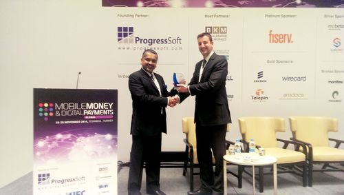 Mr. Siddharth Dhamija Head Sales and Operations of Panamax Inc. Receiving the Award from Mr. Michael Seaman, Event Director at Clarion Events (PRNewsFoto/Bankai Group)