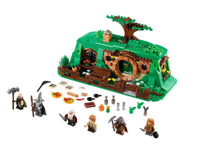 The Hobbit(TM) An Unexpected Gathering from LEGO(R). Photo courtesy of Warner Bros. Consumer Products.    (PRNewsFoto/Warner Bros. Consumer Products)